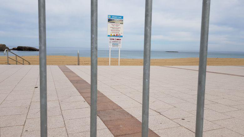 La grande plage de Biarritz déserte pendant le confinement / © Emmanuel Clerc - France 3 Euskal Herri
