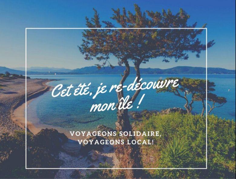 """Visuel du groupe Facebook """"Cet été je redécouvre mon île"""" / © Aurélie Di Feno"""