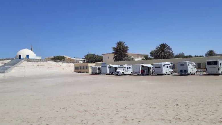 Le terrain où est stationné le groupe de Mauritanie / © Association Atlantique Camping Car Club