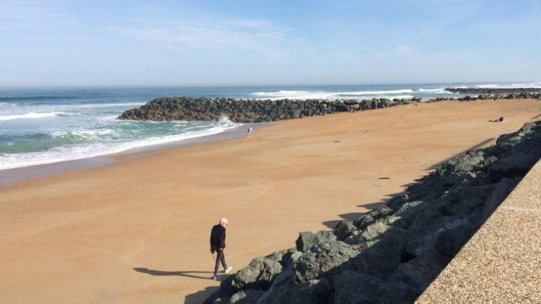 """Le dispositif """"plage dynamique"""" sera probablement assoupli après le 2 juin / © Stéphanie Deschamps - France 3 Euskal Herri"""