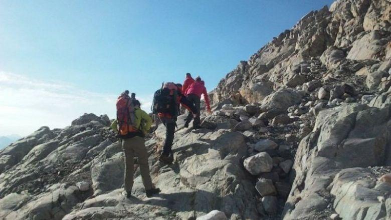 Pour les randonneurs en montagne il sera difficile de respecter une distance de 10 m entre chaque. / © FTV