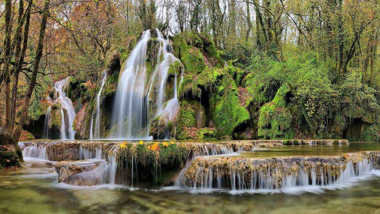 La cascade des Tufs, dans le Jura. / © DR