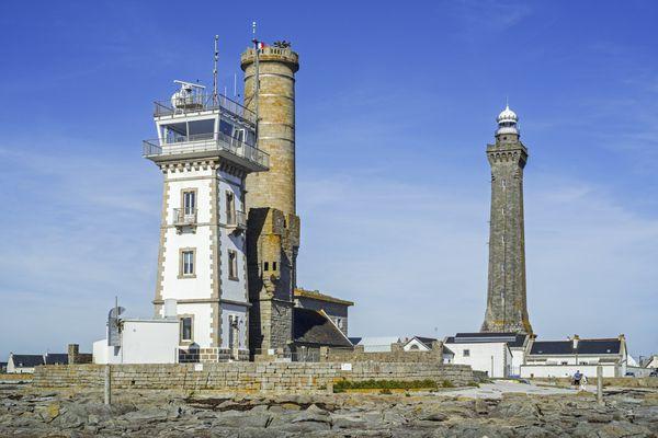 Le phare d'Eckmühl et le vieux phare, sur la pointe de Penmarc'h.