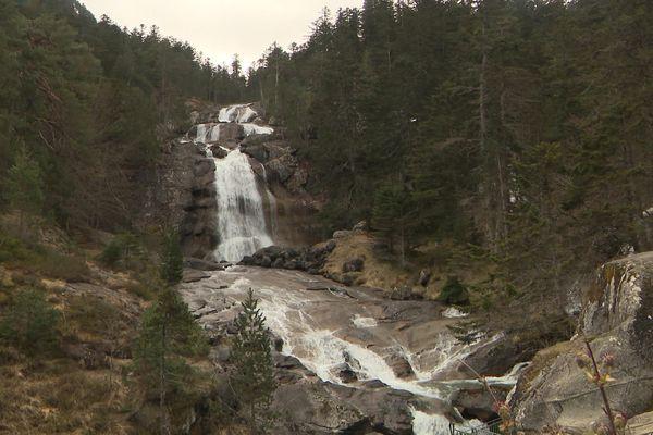 Les cascades du pont d'Espagne à Cauterets dans les Hautes-Pyrénées.
