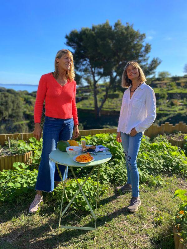 Nathalie Simon et Dominique vont déguster une recette de spiruline et papaye. Ça se passe à Carqueiranne, dans Chroniques Méditerranéennes, ce dimanche 11 avril à 12h55.