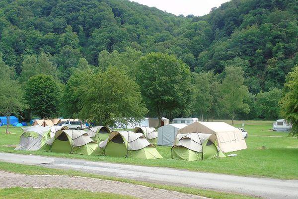 Le camping situé à Haulmé accueille les amateurs de verdure.