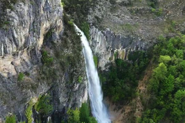 De la plaine de l'Ain au pays de Gex, le département est riche de paysages