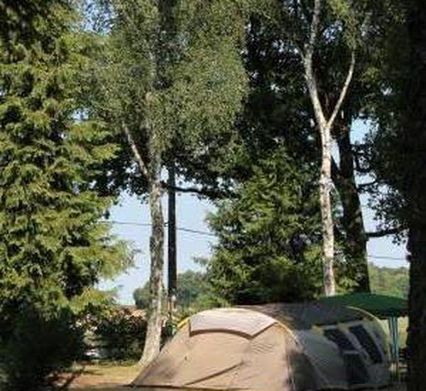 Le camping de la Cazine dans la Creuse se prépare pour la saison.