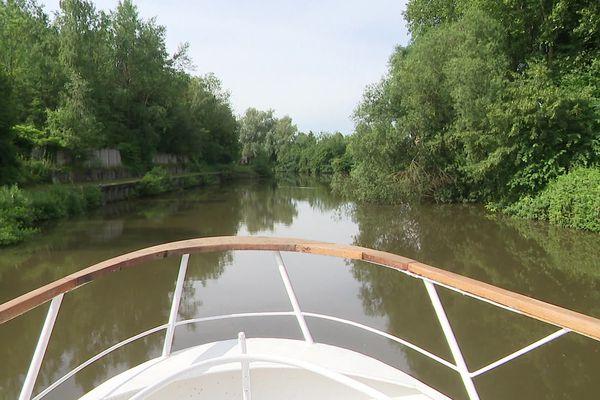 Réouverture à la navigation du canal Sambre - Oise