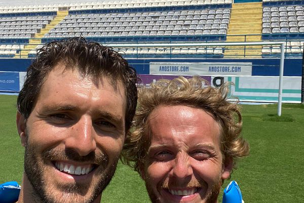Mathieu Valverde avec Arnaud Lauqué stade de l'Anorthosis Famagouste.